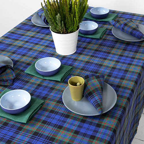 Christmas Linen Tablecloths | How to Decorate Your Table?